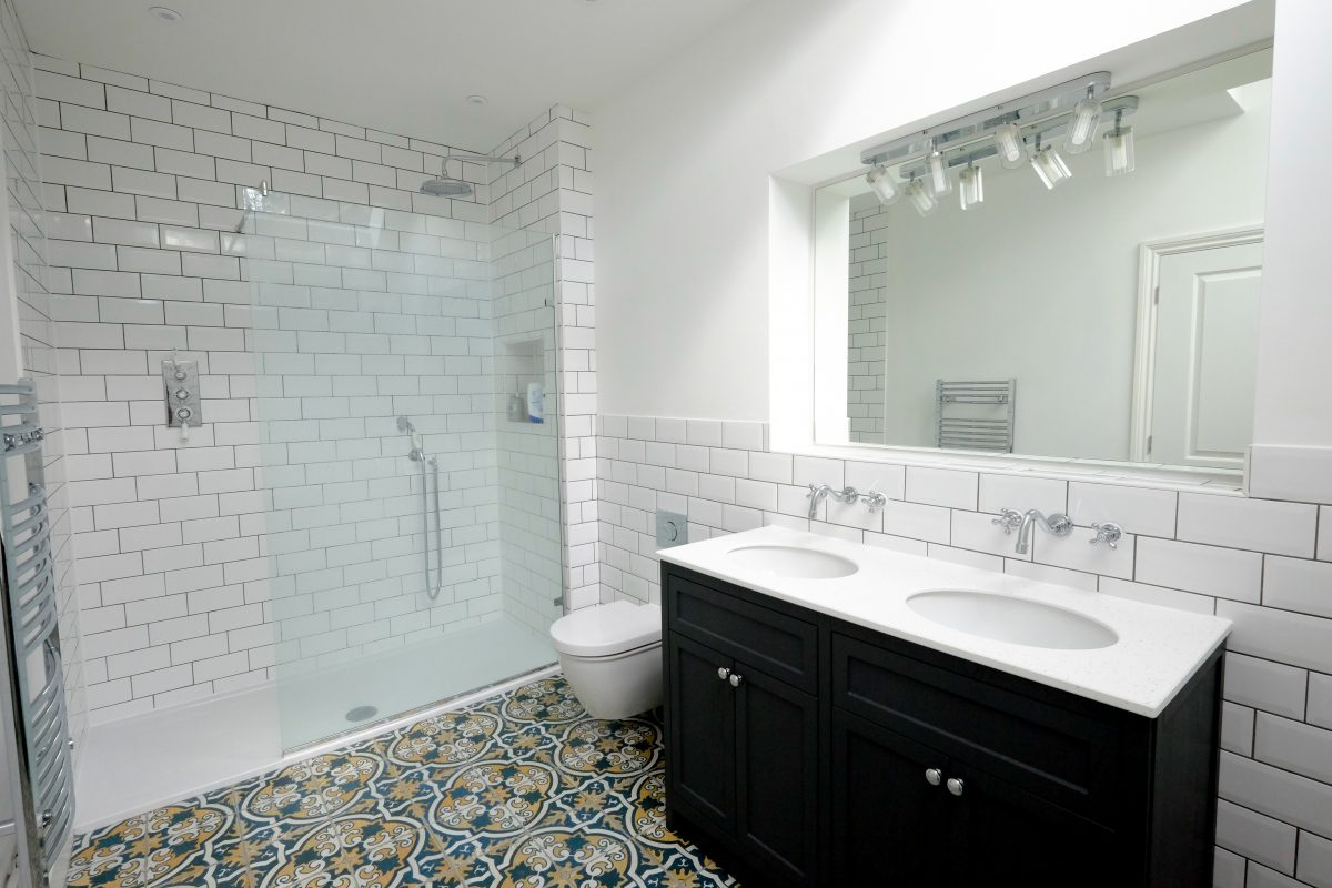 house renovation project management bathroom