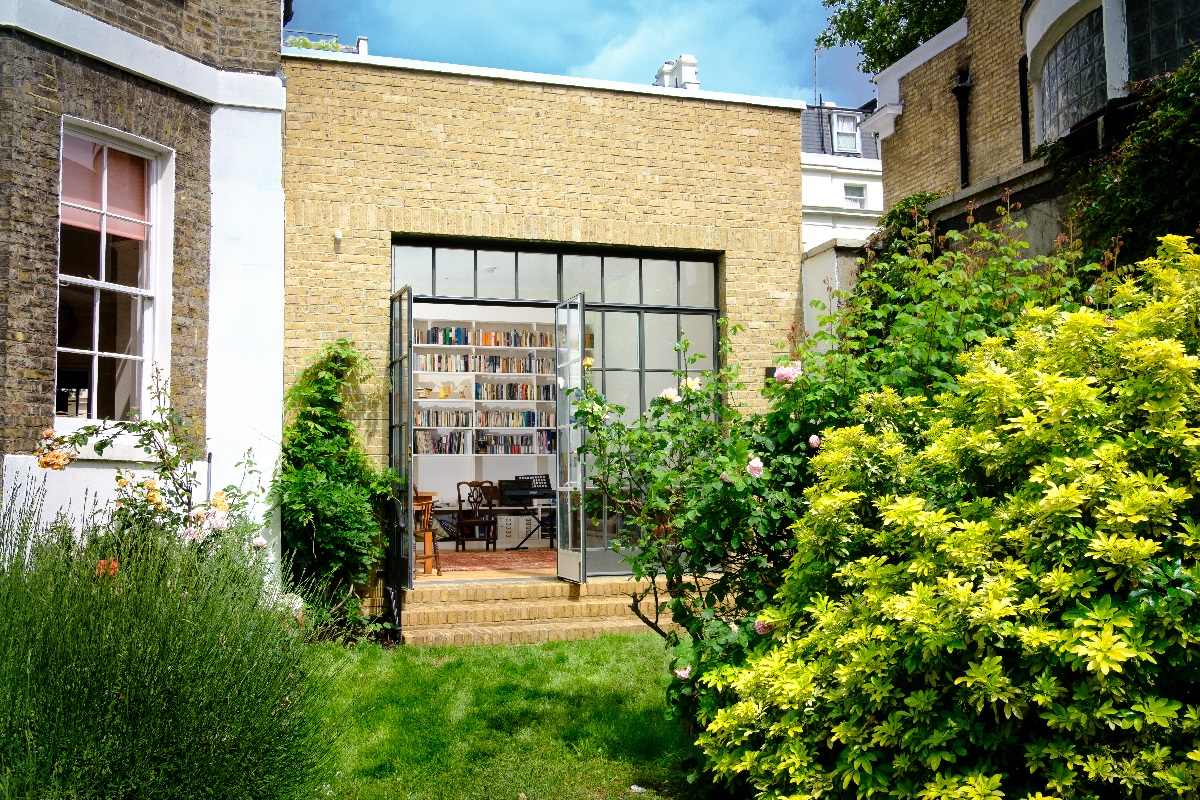 Flat Renovation with improved accessibility external doors
